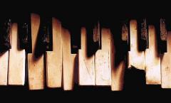 clavier piano, mécanique piano, piano ne fonctionne plus